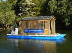 This is a DIY Pontoon kit that you can use to build a floating pontoon tiny house or floating fishing shack. It's called Pontoonz and it's an easy way to build and design your own pontoon boat beca. Floating Pontoon, Floating Dock, Floating House, Wooden Boat Building, Boat Building Plans, Building A Deck, Building Ideas, Pontoon Houseboat, Pontoon Boats