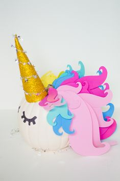 Make this fun unicorn pumpkin for Halloween for the perfect rainbow theme piece of halloween decorations! It's an easy DIY and it's no carve too! Pop Culture Halloween Costume, Halloween Themes, Halloween Pumpkins, Halloween Crafts, Halloween Decorations, Halloween Party, Witch Party, Halloween 2018, Fall Pumpkins