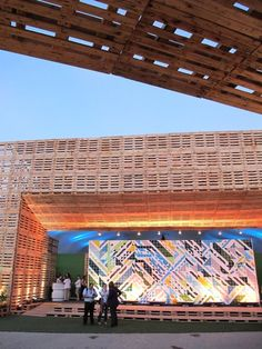 Massive Pavilion Covered with Pallets at Exhibition : TreeHugger Container Architecture, Green Architecture, Sustainable Architecture, Sustainable Design, Amazing Architecture, Architecture Design, Open Air Theater, Pallet Designs, Pallet Ideas
