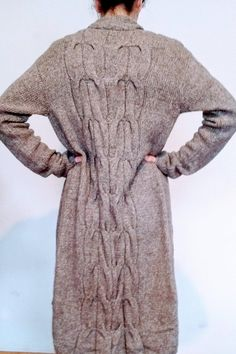 Knitted coat, long sleeves, Regina Dobler, size 36 38, taupe, straight fit,  braid pattern on the back, sleeves, braid pattern detail as aperture 86c126dac6