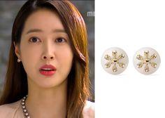 "Wang Ji-Hye in ""Hotel King"" Episode 23.  D.elfin Akoya 14K Flower Earrings #Kdrama #HotelKing #WangJiHye #왕지혜"