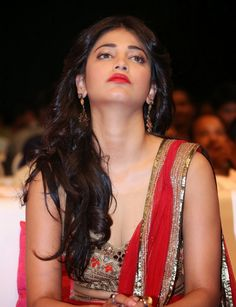 shruti hassan Beautiful Girl Indian, Beautiful Indian Actress, Beautiful Actresses, Gorgeous Women, Bollywood Actress Hot Photos, Beautiful Bollywood Actress, Actress Photos, Shruti Hassan, South Indian Actress