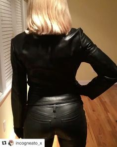 Instagram media by leather_pants_models - We welcome back to our page the incredibly sexy @incogneato_x and thank her for providing some video of her wearing gorgeous tight leather pants.... We can't wait to see more of this amazing leather lover... Visit her page to check out all of her pics and give her some love... www.leatherpantsmodels.com #leatherpantsmodels #leatherpants #leather #lederhose #hotmodels #leatherleggings #freddy #freddypants #freddywrup #leathervideo #leathermodel