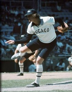 Chicago White Sox uniform 1980s    These were simply AWFUL!!!!