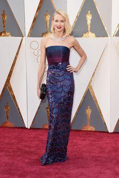 Oscars Red Carpet 2016 - NAOMI WATTS In Armani Privé and Bulgari necklace
