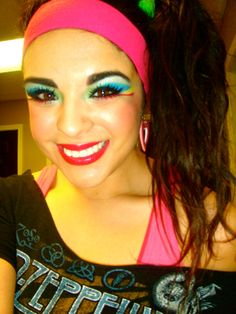 make-up & hair for Bachelorette Party LOVE IT 80s Workout Costume, 80s Costume, Costume Ideas, Rock Costume, Disco Costume, Ideas Maquillaje Carnaval, 80s Bachelorette Parties, 80s Makeup, Party Makeup