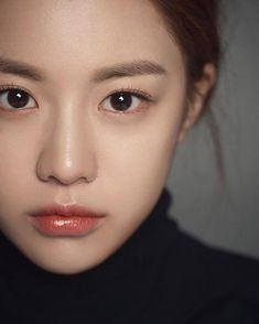 Korea's new generation of plastic surgery template Gao Yunzhen, clear and natural makeup, redefining mainstream aesthetics – Page 30 of 31 – zzzzllee Korean Natural Makeup, Natural Summer Makeup, Korean Makeup Look, Natural Makeup Looks, Natural Make Up, Natural Beauty, Makeup Inspo, Makeup Inspiration, Beauty Makeup