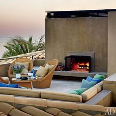 Outdoor Fire and Rooftop Lounge at a Los Cabos, Mexico House via Architectural Digest Beach House Tour, Dream Beach Houses, Architectural Digest, Modern Outdoor Fireplace, Outdoor Fireplace Designs, Outdoor Fireplaces, Fireplace Ideas, Rooftop Design, Rooftop Lounge