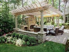 DIY Pergola – Get Yourself An Outdoor Living Room - Cozy DIY #OutdoorsLiving