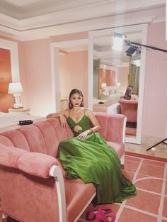 Nadine Lustre Fashion, Angelababy, Jadine, Zendaya, Style Icons, Bean Bag Chair, Cool Outfits, Celebs, Celebrities
