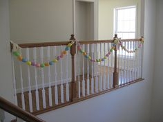 Finally!!! An easter egg garland with plastic eggs!