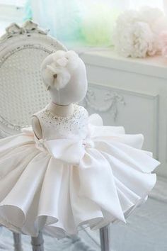 Girly Shop's White Round Neckline Sleeveless Knee Length Pearl & Crystal Applique Little Girl Ruffle Dress With Big Bow Front Dresses Kids Girl, Kids Outfits, Flower Girl Dresses, Christening Gowns, Baptism Gown, Baby Girl Birthday, Baby Dress, Ruffle Dress, Beaded Gown