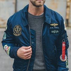 """1,577 kedvelés, 78 hozzászólás – Alpha Industries (@alphaindustries) Instagram-hozzászólása: """"The essence of cool. Tap link in bio to check out our #FW15 Collection. // #militaryinspired…"""""""