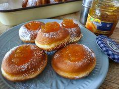 Szalagos fánk, szuper egyszerű, mindig így sütöm és remekül sikerül - Egyszerű Gyors Receptek Minion, Doughnut, Food And Drink, Minions