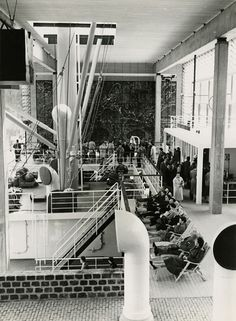 The Dutch section at Expo '58 in Brussels. Deckchairs in the transport hall. NAI Collection, archive BOKS_610. © Cees van der Meulen / Nederlands Fotomuseum.