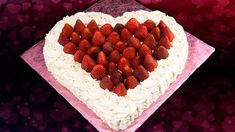 Heart Shaped Cake: Valentine's Day Cake from Cookies Cupcakes and Cardio Cookie Recipes video recipe Cookies Cupcakes And Cardio, Cupcake Cookies, Köstliche Desserts, Delicious Desserts, Heart Shaped Cakes, Valentines Day Cakes, Cake Board, Cake Creations, Let Them Eat Cake