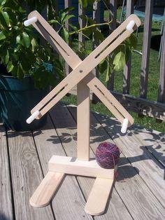 Yarn Swift DIY Style   by knutty.knitter@sbcglobal.net: