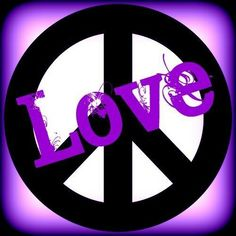 Love and Peace Signs Hippie Peace, Happy Hippie, Hippie Art, Hippie Chick, Peace Love Happiness, Peace And Love, Love Photos, Cool Pictures, Peace Fingers