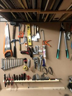 Workshop Organization, Office Workspace, Garage Storage, Plank, Diys, Zapatos, Organization, Bricolage, Workplace