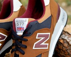 NEW BALANCE 577 TRAINERS IN BROWN