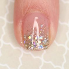 Love Nails, How To Do Nails, Pretty Nails, Prom Nails, Wedding Nails, Gradiant Nails, Nail Art Paillette, Clear Glitter Nails, Essie