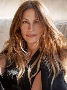Julia Roberts Interview - Julia Roberts December 2013 Cover Story - Marie Claire