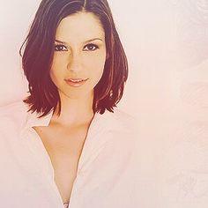 Chyler Leigh plays Lexie Grey in Grey's Anatomy.