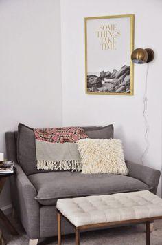 33 Modern Reading Nooks That Combine Comfort and Calm! #LuxuryBeddingReadingNooks