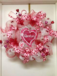 valentine mesh wreath idea | XXL Valentine hearts deco mesh wreath by DazzlemeWreaths on Etsy