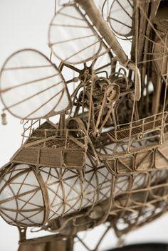 cardboard steampunk, dieselpunk miniature model airship, flying machine zeppelin, blimp made by jeroen van Kesteren. Info at: jeroen@invorm.com or Smelik en Stokking galleries The Hague