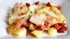 Salade de pommes de terre, parmesan, tomates séchées