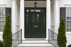 Inspired by Georgian and Victorian eras, the Racing Green composite doors from Endurance add a stylish elegance to any home.