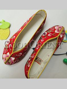 Embroidery floral shoes--Red cee394d30318