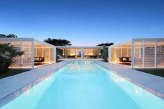 Jesolo Lido Beach Villa by JMA Lido Beach, Beach Villa, Sunset Beach, Beach House, Sunken Patio, Beachfront Property, Weekend House, Jacuzzi, Architecture Design