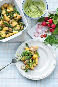 Feel Good Food, Avocado, Kung Pao Chicken, Mozzarella, Ham, Potato Salad, Vegetarian Recipes, Salads, Dinner
