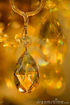 Beautiful yellow crystals by Stratum, via Dreamstime