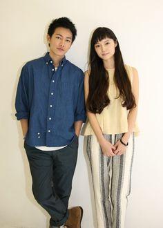 Takeru Sato and Aoi Miyazaki Summer Wear, Summer Shoes, Takeru Sato, Japanese Characters, Miyazaki, Hyde, Fashion Shoot, Hair Makeup, Actresses