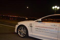 Il #lungomareliberato accoglie una regina: Jaguar XF Sportbrake! #Jaguar100Around #Napoli