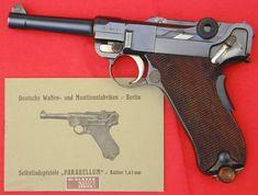 Swiss Lugers and revolvers Luger Pistol, Revolver, Latest Technology Gadgets, Gun Vault, German Police, M1 Garand, Berlin Wall, Cool Guns, Guns And Ammo
