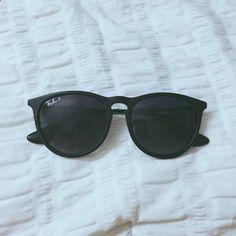 ee018545515cd Black Ray-Ban sunglasses Erica style black ray ban sunglasses