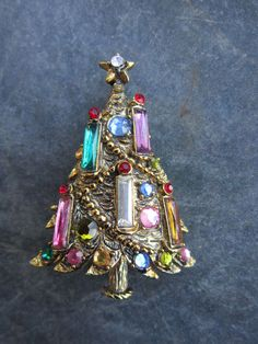 Vintage Hollycraft Gold tone Rhinestone Christmas Tree Pin with Candles signed #Hollycraft