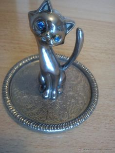 gato de zinc.jpg