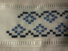 Hardanger Embroidery, Paper Embroidery, Beaded Embroidery, Bargello Patterns, Crochet Doily Patterns, Doilies Crochet, Palacio Bargello, Swedish Weaving, Drawn Thread
