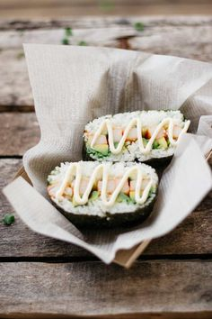 California onigirazu are an easy, yummy lunch. They're perfect for packing and enjoying on the go! Sushi Recipes, Asian Recipes, Cooking Recipes, Healthy Recipes, Recipies, Good Food, Yummy Food, Tasty, Yummy Lunch