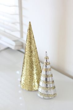 DIY Glitter Trees: great Christmas Party decor