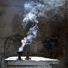 Light and Smoke, Okkvlt Daughter Of Smoke And Bone, Story Inspiration, Dragon Age, Wabi Sabi, Belle Photo, Occult, Medieval, Tumblr, Dark