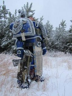 Warhammer - Ultramarine Cosplay made by Mike Hagy Photos by Aleisha and Jett Warhammer 40k Art, Warhammer Models, Amazing Cosplay, Best Cosplay, Marine Costume, Medieval Gothic, Space Wolves, Game Workshop, Robot Design
