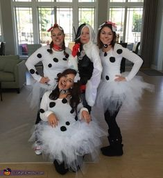 Group Halloween Costumes For Adults, Cute Couple Halloween Costumes, Halloween Outfits, Halloween Ideas, Halloween Party, Dalmatian Halloween Costume, Halloween Costume Contest, Dalmatian Party, Costume Ideas