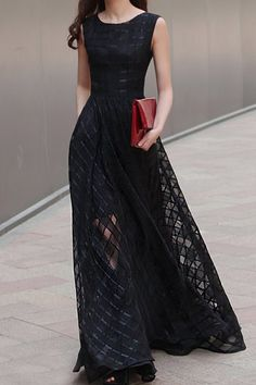 Stylish Sleeveless Scoop Neck Organza Spliced Maxi Dress For Women