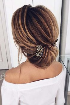 30 Great Hair Updos for Christmas ★ Updo Ideas for Perfect Look Picture 3 ★ See more: http://glaminati.com/great-hair-updos-christmas/ #updohair #christmashairstyles